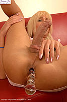 Glass006_JoannaJet.jpg