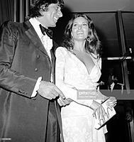 quarterback-joe-namath-of-the-new-york-jets-and-actress-raquel-welch-picture-id110183126.jpg